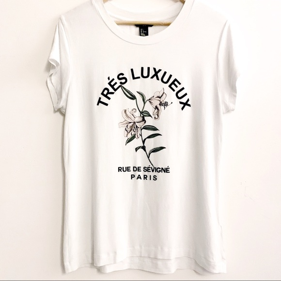 H&M Tops - White Graphic Tee